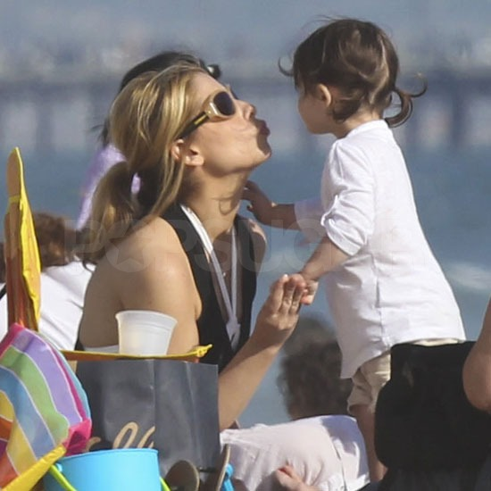 SMG and Charlotte Prinze shared a sweet moment on the sand.