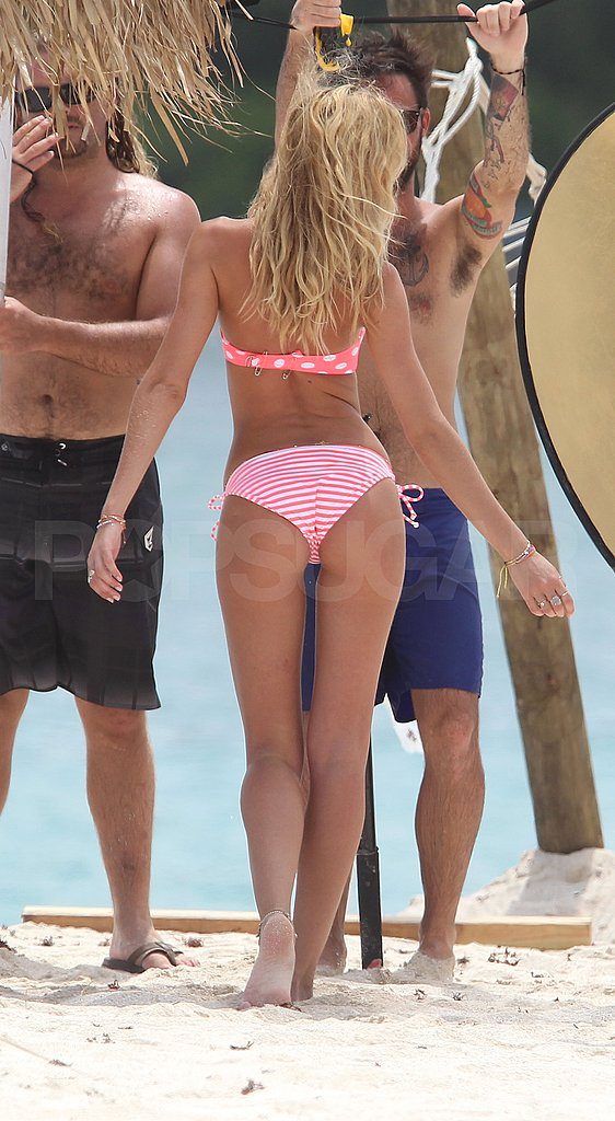 Candice Swanepoel Shows Off Her Sexy VS Body in a Teenie-Weenie Polka-Dot Bikini