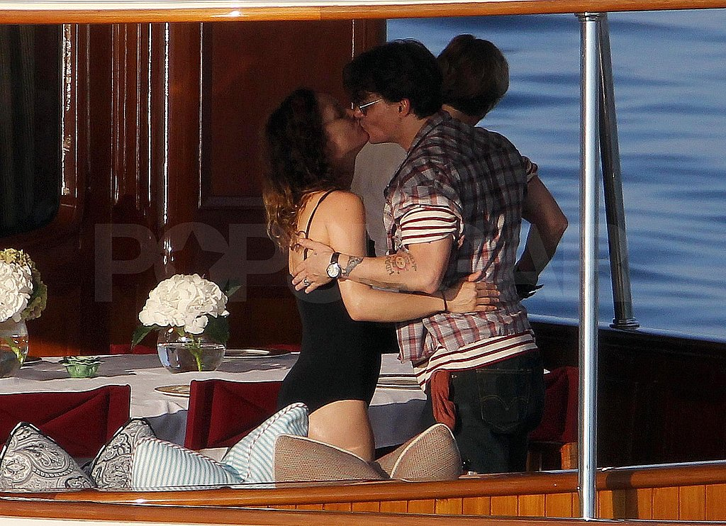 Johnny Depp and Vanessa Paradis shared a kiss during their cruise.