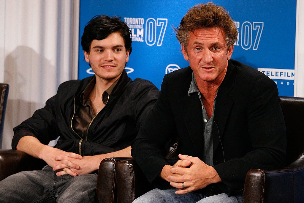 Emile Hirsch and director Sean Penn chatted with reporters during their 2007 Into the Wild press conference.