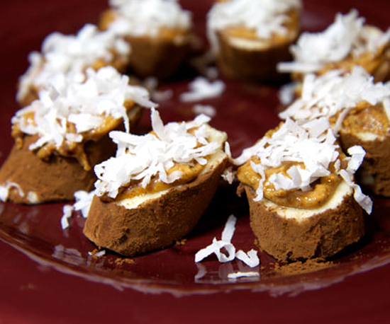 Almond-Crusted Chocolate Bananas