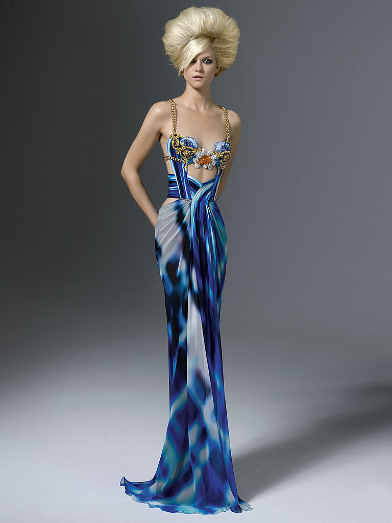 Atelier versace fall 2011 popsugar fashion for A couture dress