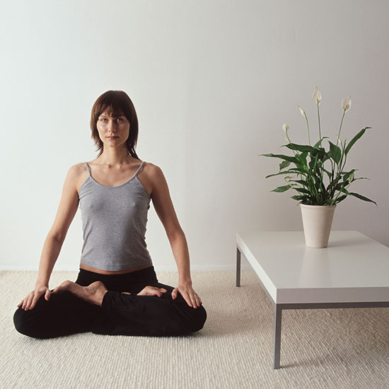 How to Create a Calming Yoga Room at Home