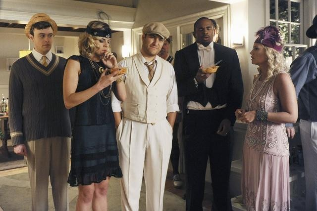 Eliza Coupe as Jane, Adam Pally as Max, Damon Wayans Jr. as Brad,  and Elisha Cuthbert as Alex on Happy Endings.