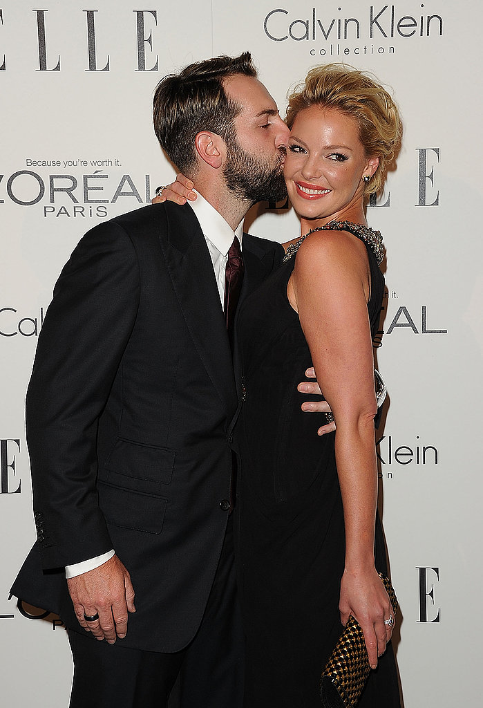 Josh Kelly kissed Katherine Heigl for the cameras.
