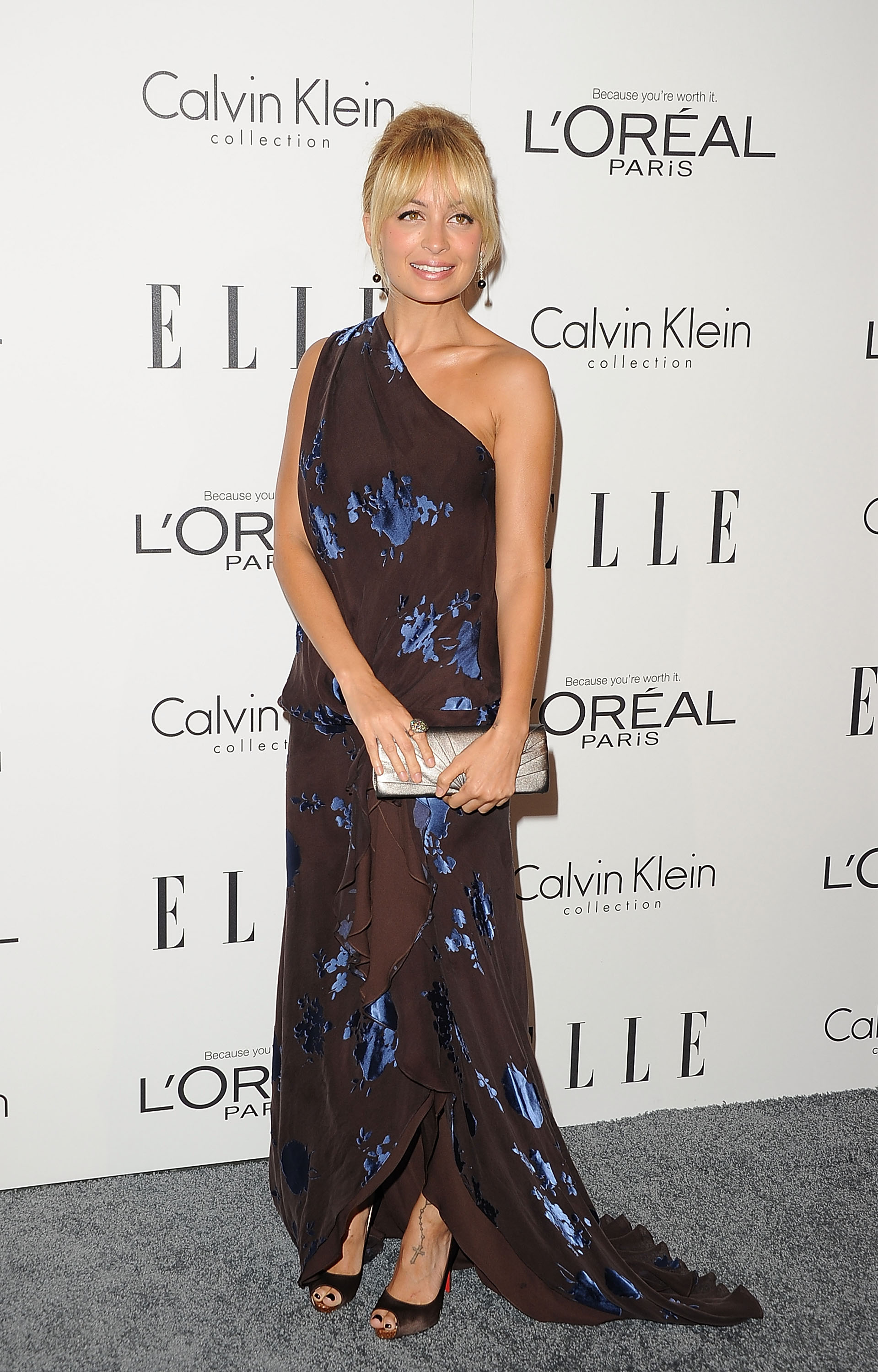 Nicole Richie wore a one-shoulder dress to an event for women in Hollywood.