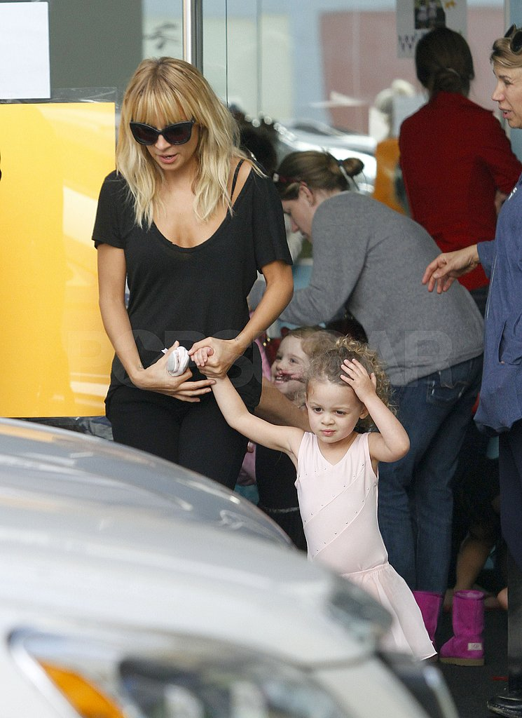 Nicole and Harlow left the class together.