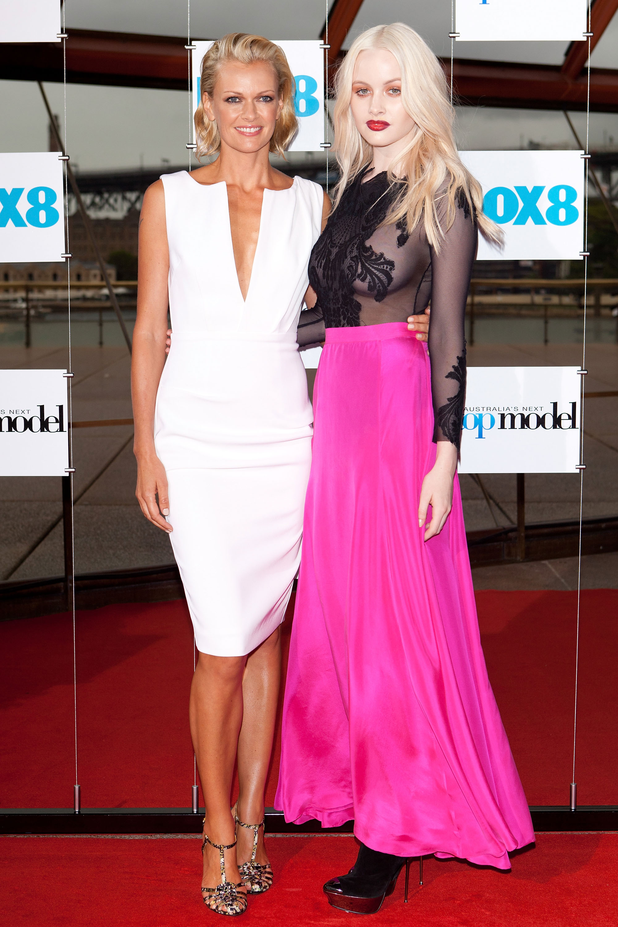 Sarah Murdoch and Simone Holtznagel
