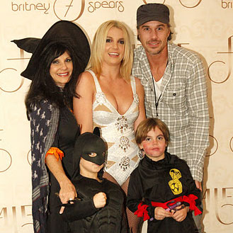 Britney Spears Halloween Picture With Sean Preston and JJ