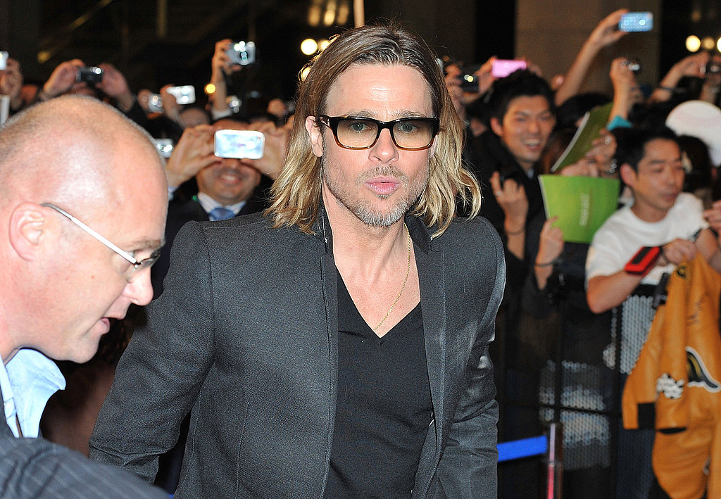 Brad Pitt was greeted by fans at the Japanese premiere of Moneyball.