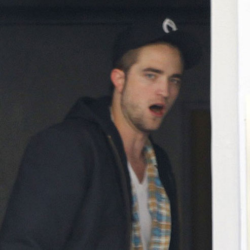 Robert Pattinson Pictures at Dinner With Taylor Lautner