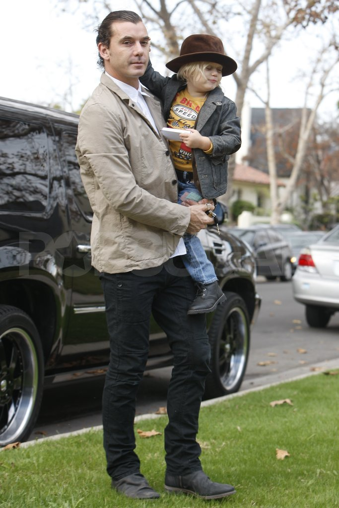 Gavin Rossdale and Zuma Rossdale headed to Thanksgiving.