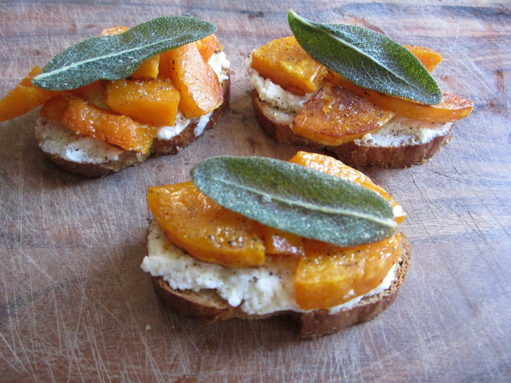 Roasted Butternut Squash, Ricotta and Sage Crostini | POPSUGAR Social