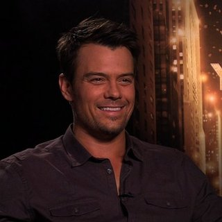 Josh Duhamel New Year's Eve Interview (Video)