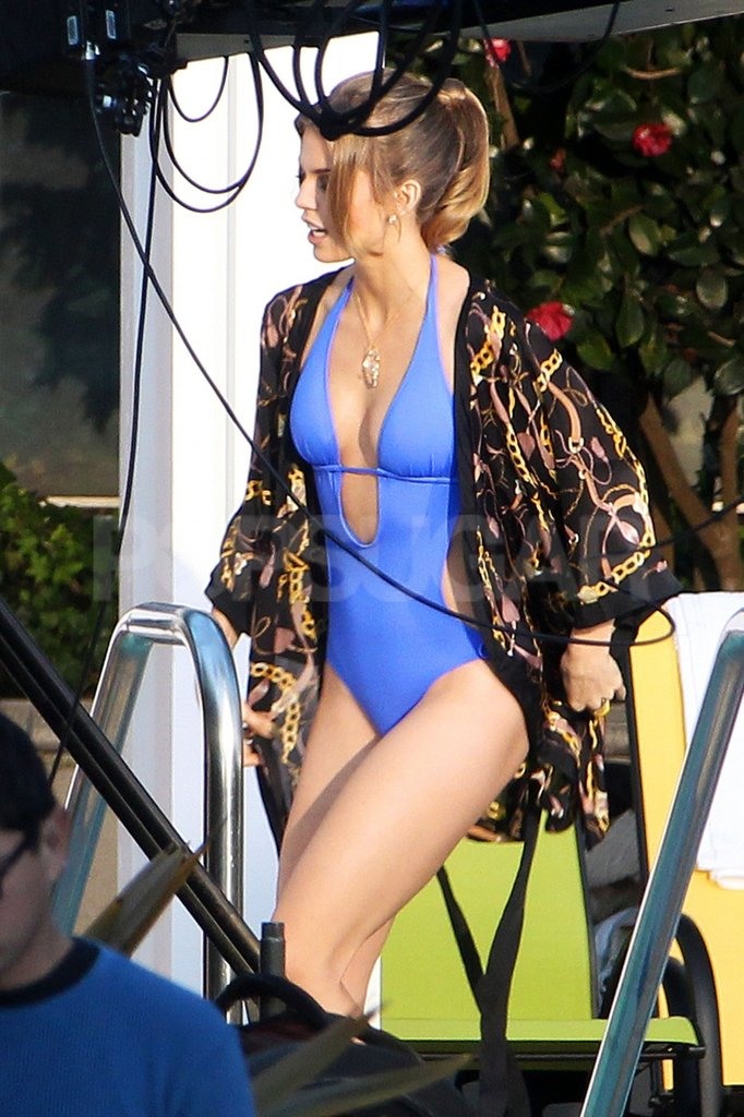 AnnaLynne McCord left her robe wide open for a view of her bikini while filming scenes of 90210.