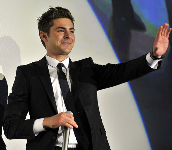 Zac Efron Gets YOLO Tattoo on Right Hand Pictures