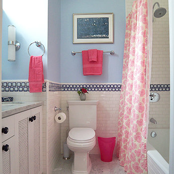 Kids bathroom decor ideas popsugar moms for Bathroom decor ideas for kids