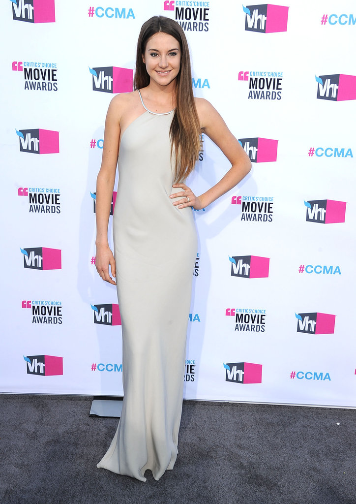 Shailene Woodley in Calvin Klein at the 2012 Critics' Choice Movie Awards