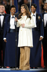 Lea-Michele-hit-all-high-notes-during-pregame-show-2011