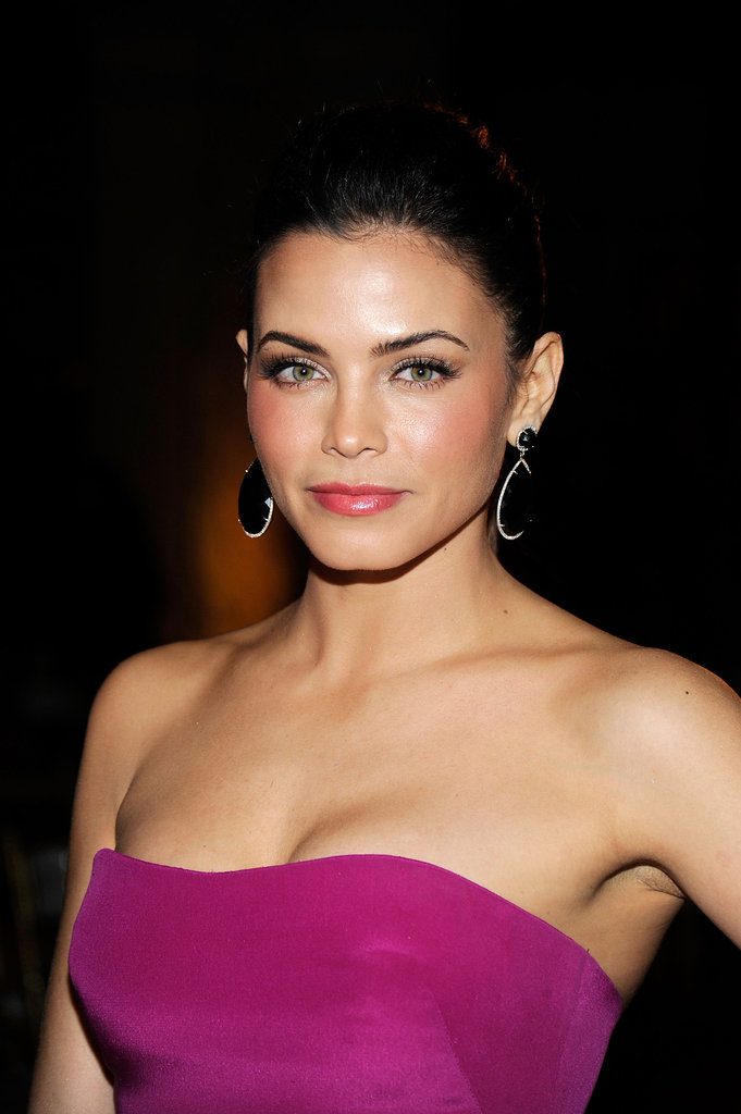 Jenna Dewan checked out NYFW.