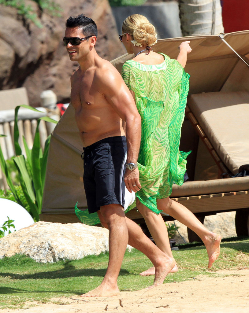 Mark Consuelos worked on his tan.