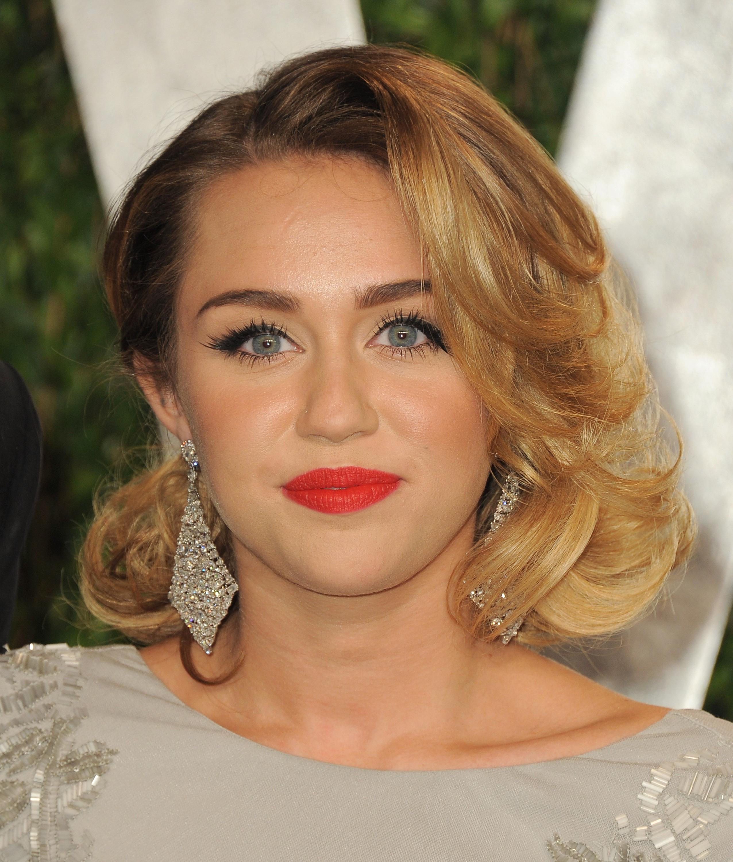 Miley Cyrus up close at the Vanity Fair party.