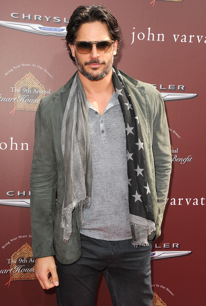 Joe Manganiello rocked a scarf.