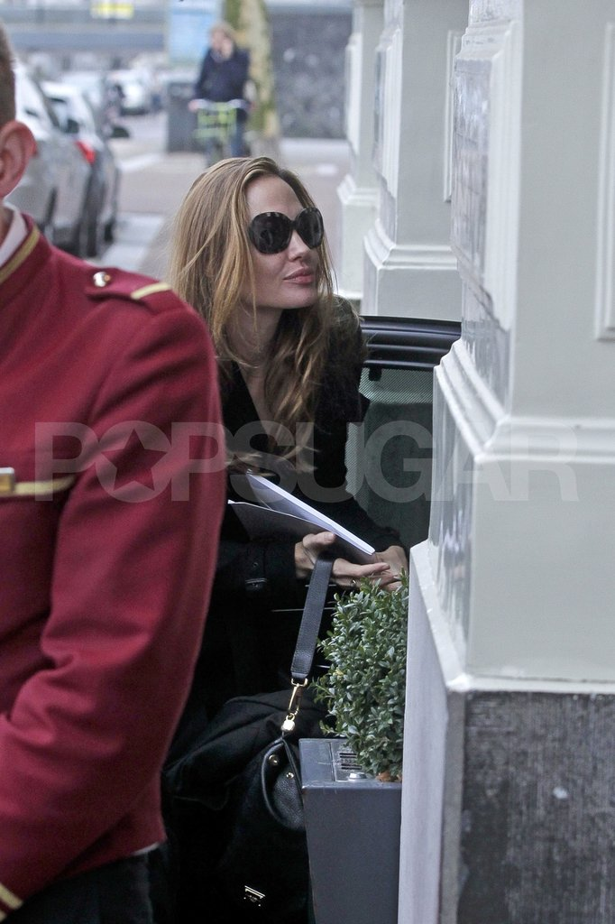 Angelina Jolie returned to her hotel.