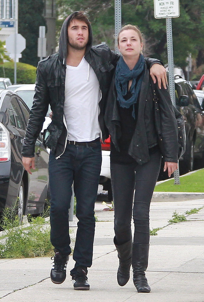 Emily VanCamp With Joshua Bowman From Revenge Pictures ...