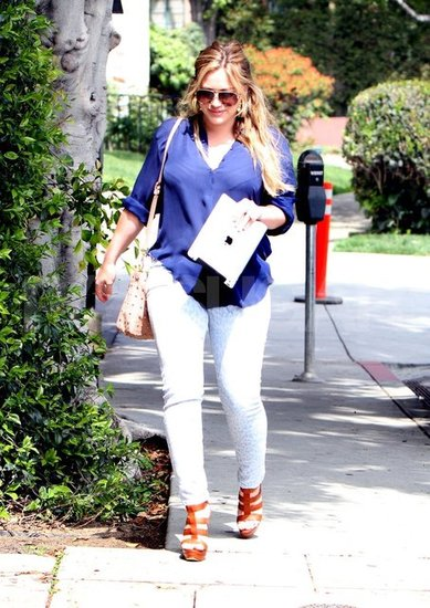 Hilary Duff shows off her postbaby body.