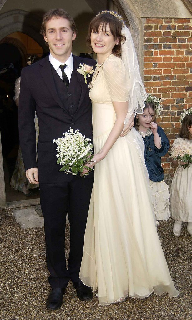 Emily Mortimer married Alessandro Nivola in Oxford during January 2003.