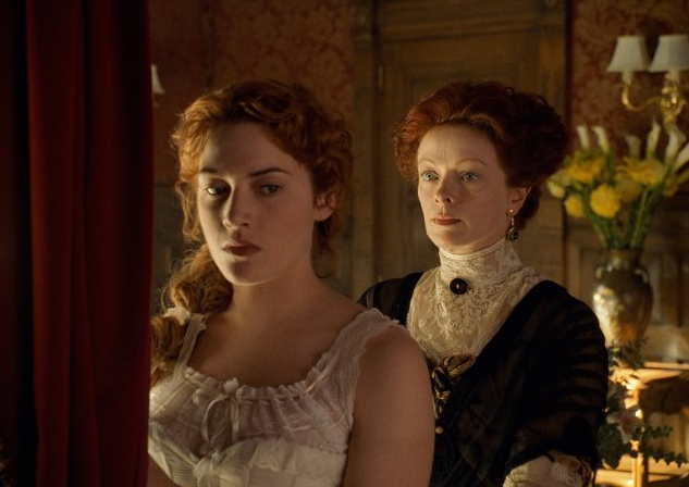 Behind the scenes with Rose and her mommy dearest — plus a look at the period's lacy underthings.