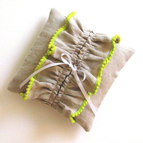 Cool Ring-Bearer Pillows and Bowls