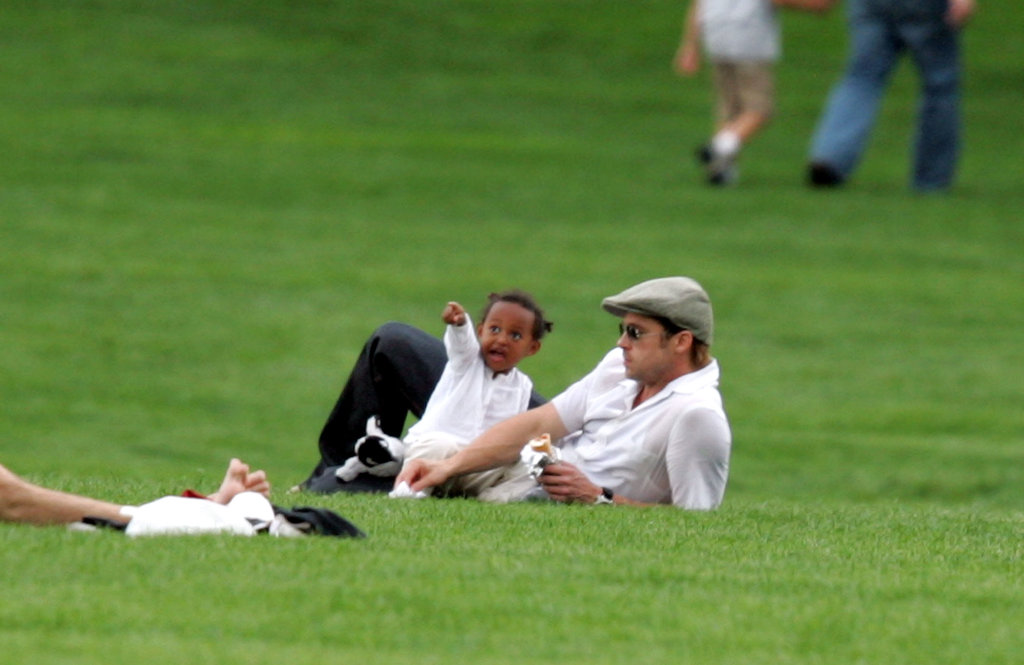 Brad Pitt and Zahara spent a day at the park together in NYC in August 2007.