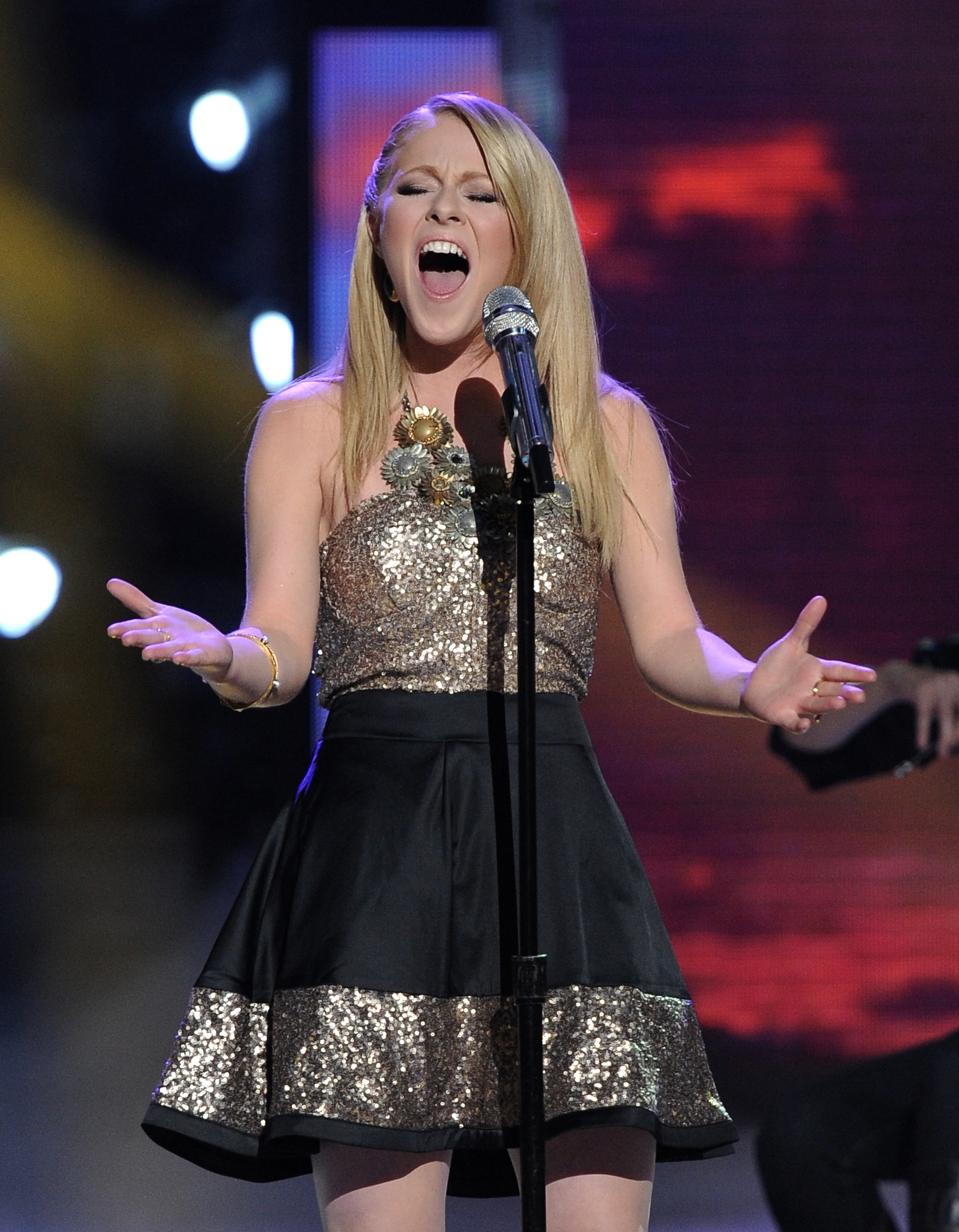 Hollie Cavanagh belted out a ballad.