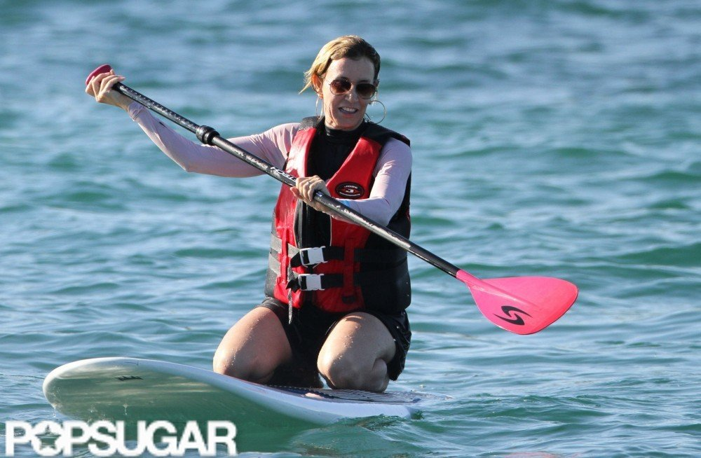 Felicity Huffman tried her hand at paddleboarding during her April 2011 family getaway.