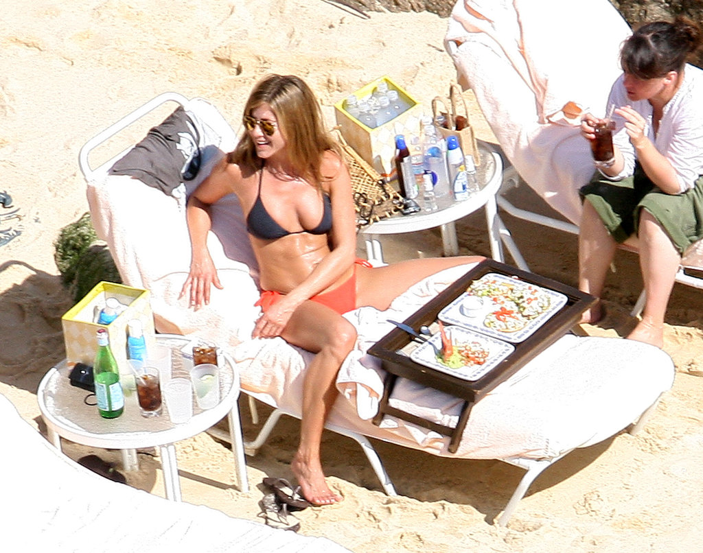 Jennifer Aniston got some Cabo rays in September 2008.