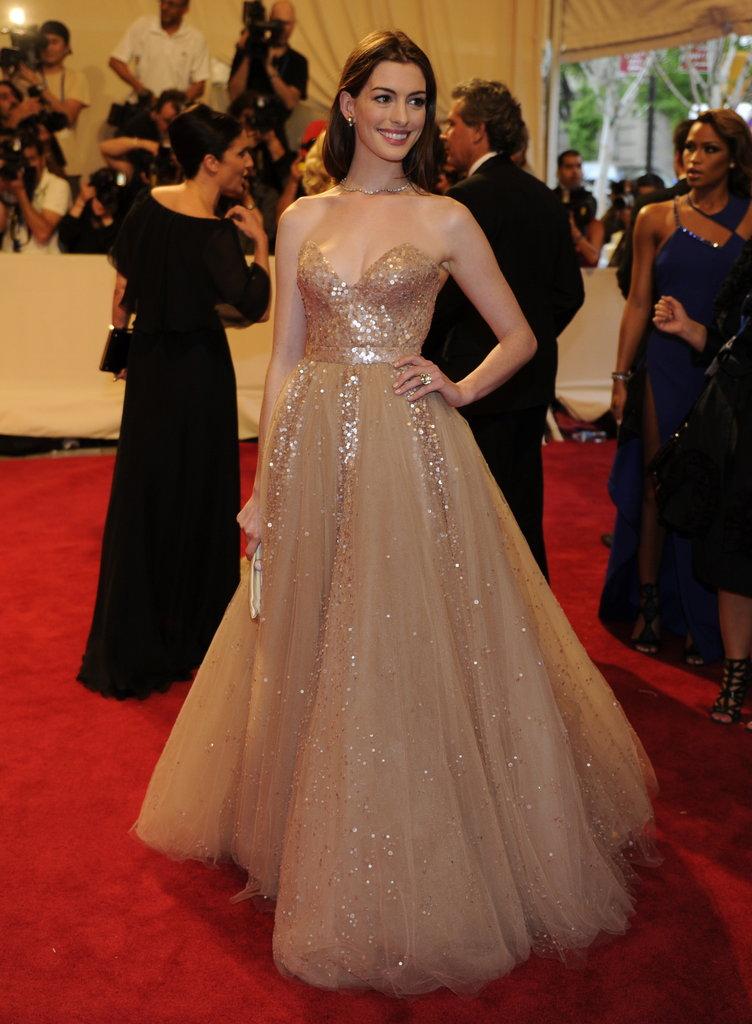 Anne Hathaway —2010