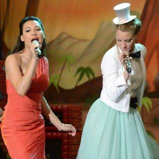 "Glee Recap ""Prom-asaurus"""