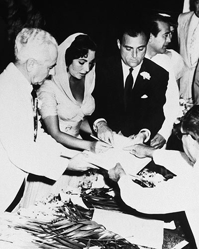 Mike Todd and Elizabeth Taylor Make it Official