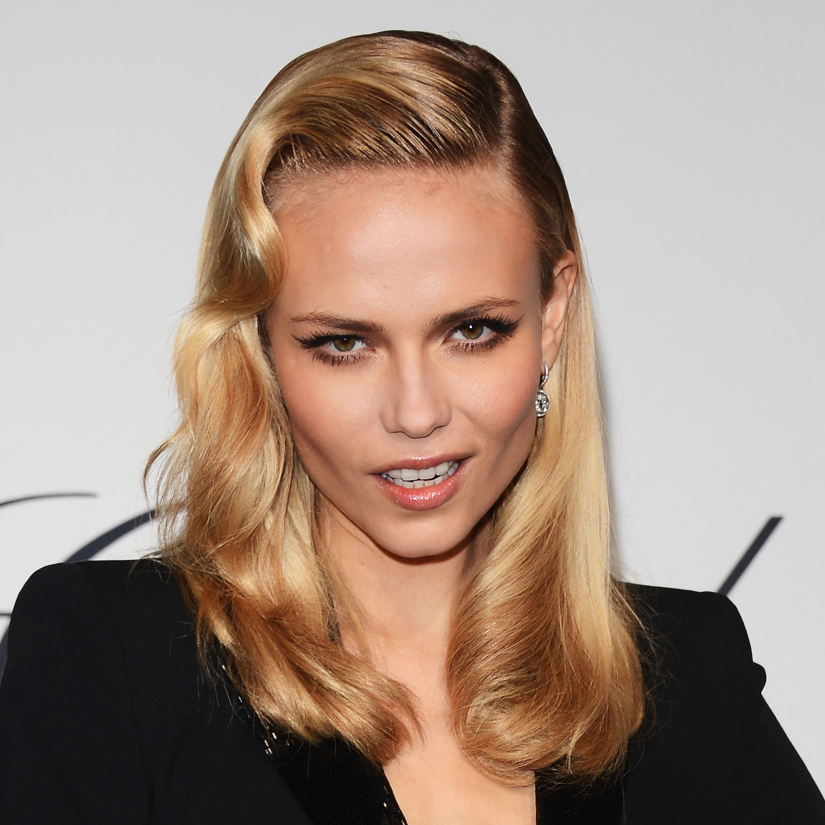 Natasha Poly - 2018 Light Blond hair & alternative hair style. Current length:  near-shaved Hair