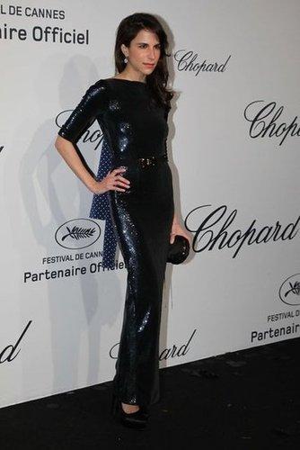 Caroline Sieber's midnight-blue gown glowed with sequins.