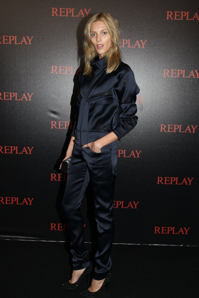 Anja Rubik wore a silky navy blue jumpsuit to the Replay + Simple Minds concert.