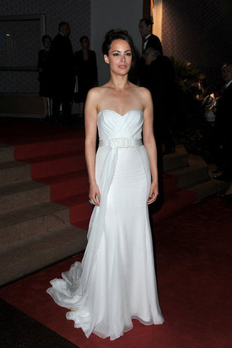 Bérénice Bejo opted for a simple, yet totally stunning, white strapless gown for the Palme d'Or dinner on closing night.
