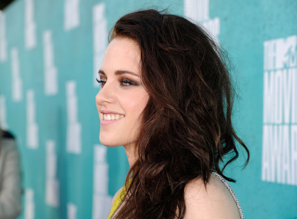 Kristen Stewart looked happy to attend the MTV Movie Awards.