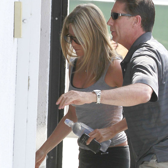 Jennifer Aniston in Workout Clothes Pictures