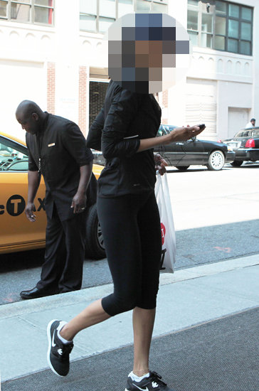 Guess Which Celebrity Chose All Black For Her Workout?