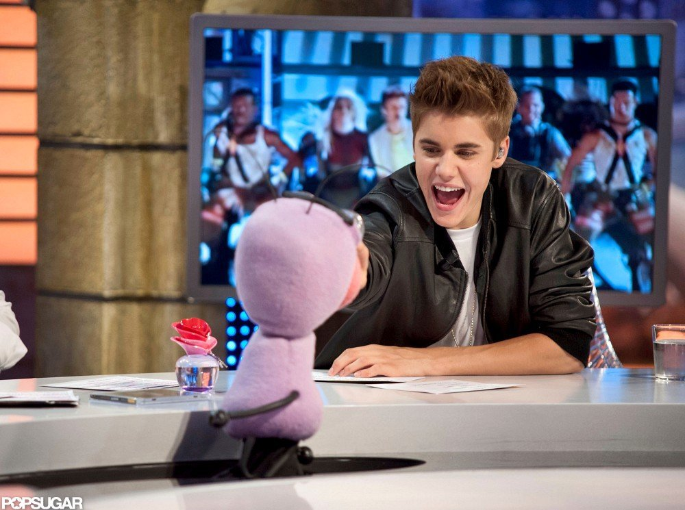 Justin Bieber had a laugh on the set of El Hormiguero.