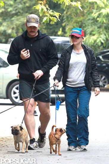 Anna Faris and Chris Pratt took their three dogs for a walk in LA.