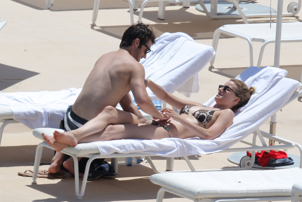 Emily VanCamp and Joshua Bowman got playful in Monaco ...